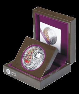 """Набор из 2 серебряных монет """"Год Змеи. Инь и Янь"""" от Монетного двора Финляндии"""