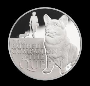 """Серебряная монета """"Вельш-корги Королевы"""""""