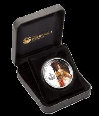"""Серебряная монета """"175-летие Коронации Королевы Виктории"""" в футляре"""