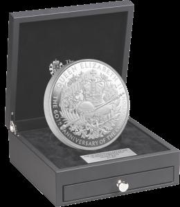 1 kg коронационная серебряная монета Великобритания 2013