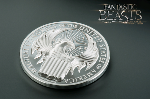 fantastic-beasts-silver-coin-with-logo